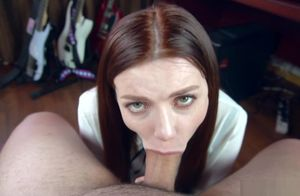Schoolgirl makes drooly oral pleasure..