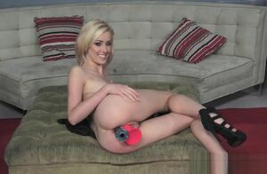 Thick fun bags Step-Mom Haley Reed..